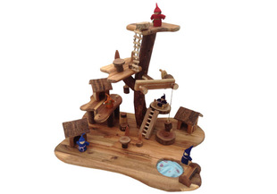 Wooden Treehouse Toy